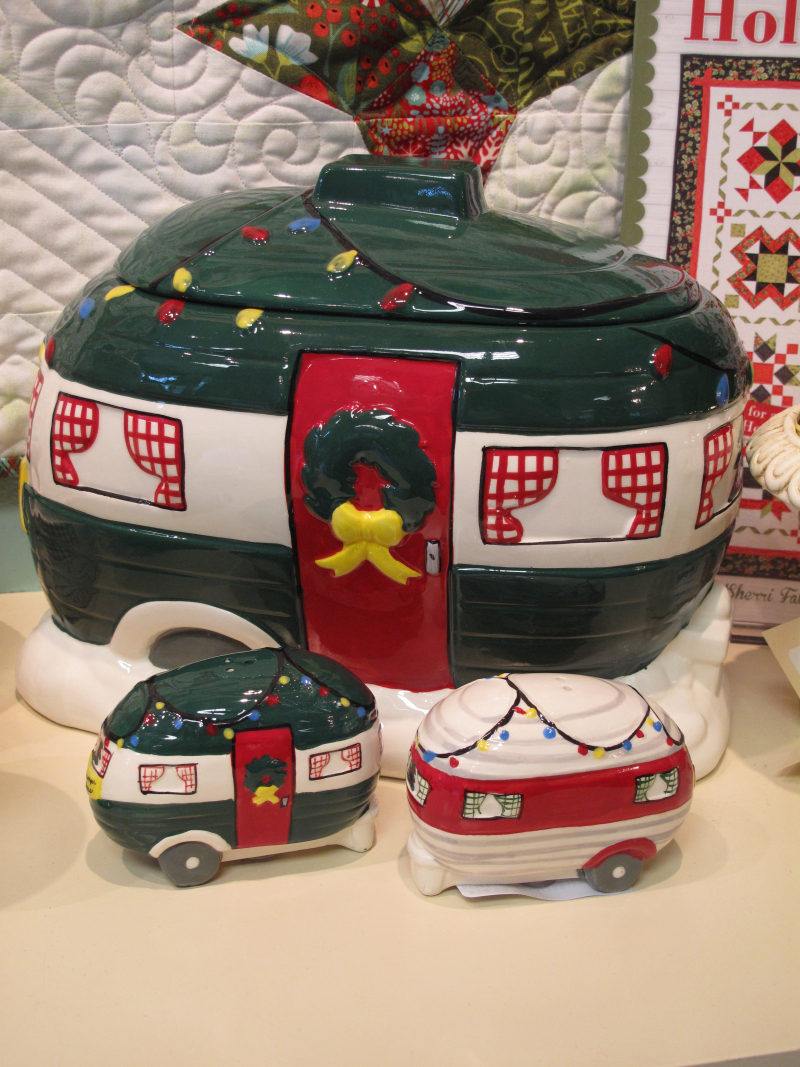 Trailer-Cookie-Jar-2