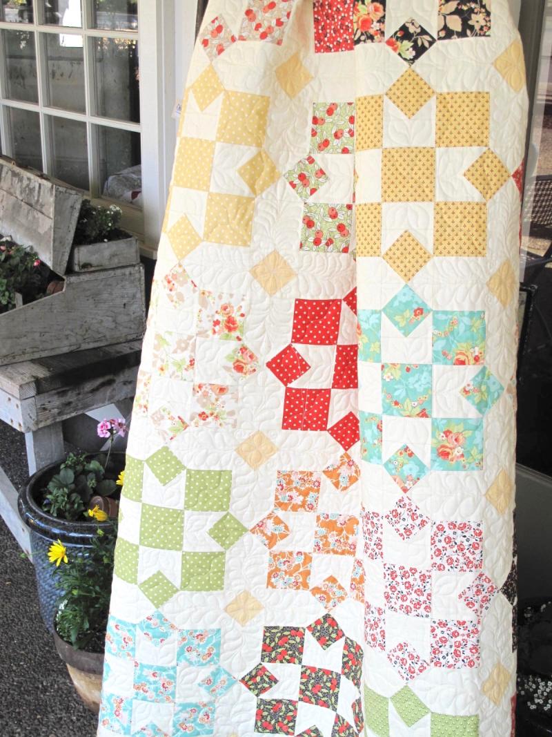 Sunny-Chestnut-Street-Kit (1)